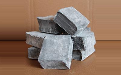 管道防腐夹克底胶具有优异的粘接性,密封性及抗老化性,为油气化工管道2PE防腐提供优良防蚀